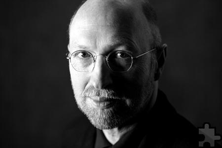 Der vielfach preisgekrönte Schriftsteller Burkhard Spinnen springt am Dienstag, 14. Oktober für David Finck ein, der aus familiären Gründen kurzfristig absagen musste. Foto: Hermann Köhler