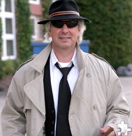 Mafioso bis auf die Knochen: Liedermacher Günter Hochgürtel.  Foto: Paul Düster/pp/Agentur ProfiPress