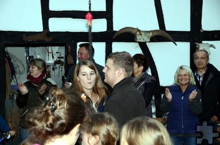Das Hahnenkönigspaar beim Ehrenwalzer.  Foto: Manfred Lang/pp/Agentur ProfiPress