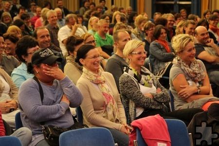 """Letztlich lautete die beruhigende Botschaft des Experten an sein amüsiertes Publikum: """"Es ist alles normal"""". Foto: Kirsten Röder/KR/pp/Agentur ProfiPress"""