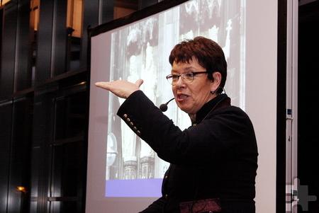 Dreizehneinhalb Jahre lang hatte Barbara Schock-Werner als Dombaumeisterin das Wahrzeichen Kölns erhalten, erforscht und betreut. Foto: Steffi Tucholke/pp/Agentur ProfiPress