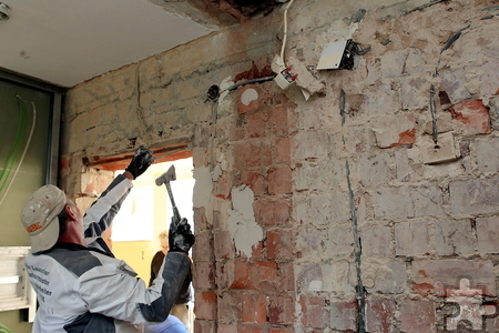 Die Arbeiten im ehemaligen Internat laufen auf Hochtoure. Ende Mai soll die Erweiterung des Gästehauses abgeschlossen sein. Foto: Franz Küpper/pp/Agentur ProfiPress