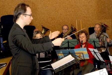 """Seit Monaten bereiten sich die Musiker des Lessenicher Blasorchesters auf ihren großen Auftritt beim """"Dux-Kino-Festival"""" in Königswinter vor. Foto: Paul Düster/pp/ProfiPress"""