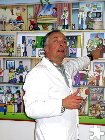 Dr. Stephan Waltz erläuterte die neurologischen Behandlungsmöglichkeiten für Kinder. Foto: Edgar Schnicke/pp/Profipress