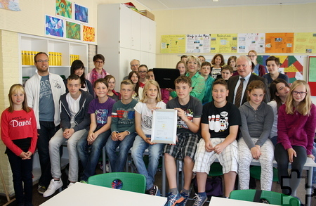 """Die Schüler der Sekundarschule Mechernich-Kall belegten den zweiten Platz im Schulwettbewerb """"3malE"""". Foto: RWE"""