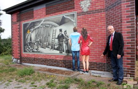 """Wie Alois Poth berichtet, soll die Bonner Spraykunst-Firma """"Highlightz"""", die auch das Trafohaus an der Hüttenstraße gestaltet hat, nun die Unterführung an der Gemünder Straße im Ortskern """"aufhübschen"""". Foto: Alice Gempfer/pp/Agentur ProfiPress"""