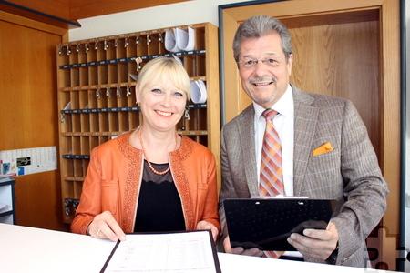 Susanne und Klaus Müller sind privat wie beruflich ein eingespieltes Team. Foto: Alice Gempfer/pp/Agentur ProfiPress