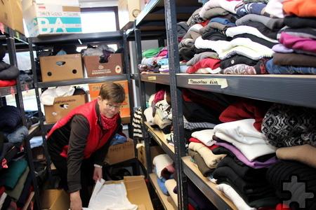 Die Kaller Flüchtlingshilfe bittet um Spenden: Besonders Winterkleidung in kleinen Größen wird benötigt. Foto: Alice Gempfer/pp/Agentur ProfiPress