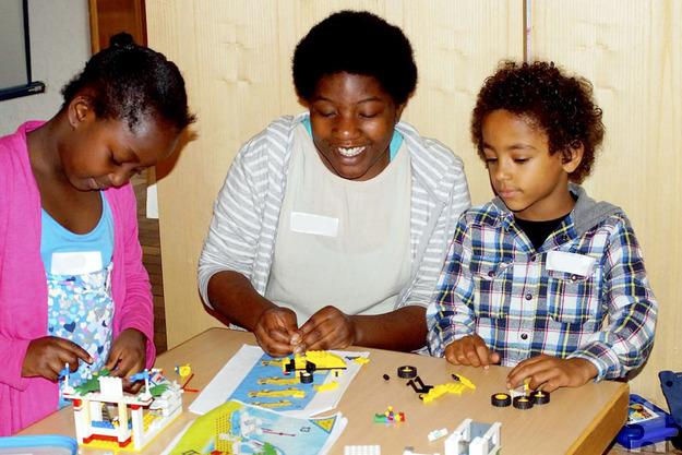 Mit Spaß und Fantasie können die Kinder bei den Mechernicher Lego-Bautagen ihre Ideen für eine Lego-Stadt umsetzen. Foto: Josia Wiegand/pp/Agentur ProfiPress