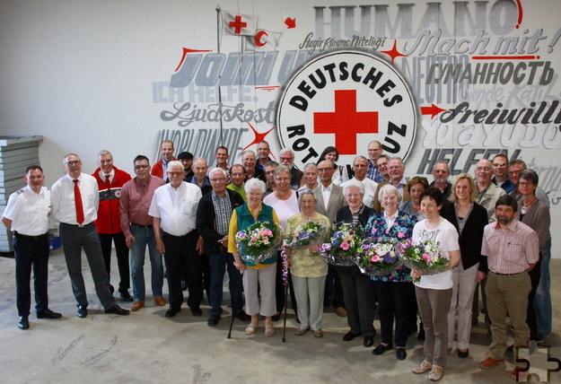Vielen Blutspendern und verdienten Mitgliedern dankte der DRK-Ortsverein Schleiden. Foto: Stephan Everling/pp/Agentur ProfiPress