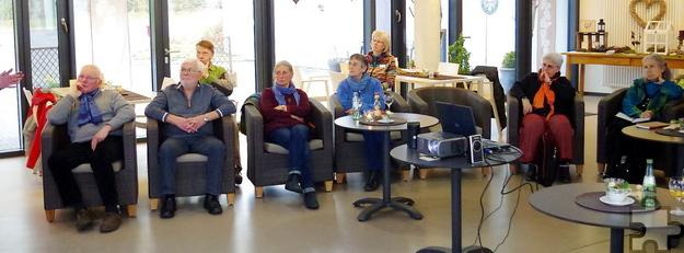 Die Blankenheimer hörten dem Vortrag im Café Klösterchen interessiert und aufmerksam zu. Foto: Johannes Mager/pp/Agentur ProfiPress