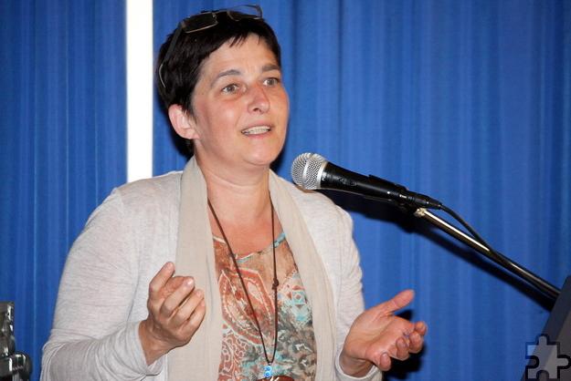 NRW-Gesundheitsministerin Barbara Steffens lobte den Vorbildcharakter des Kreiskrankenhauses Mechernich für Kliniken im gesamten Bundesland. Foto: Steffi Tucholke/pp/Agentur ProfiPress