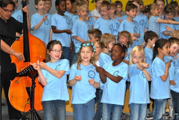 Mit Inbrunst sangen und performten die Kinder ihre Lieder. Foto: Renate Hotse/pp/Agentur ProfiPress