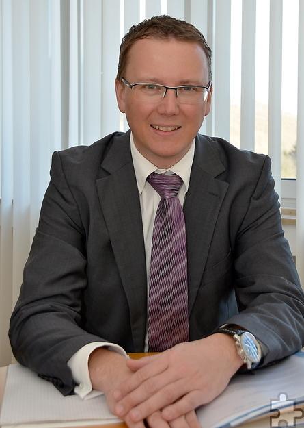 """""""Mit dem Antigas-System investieren wir in die Sicherheit aller unserer Filialen"""", sagte Mark Heiter vom Vorstand der VR-Bank Nordeifel eG. Foto: Steffi Tucholke/pp/Agentur ProfiPress"""