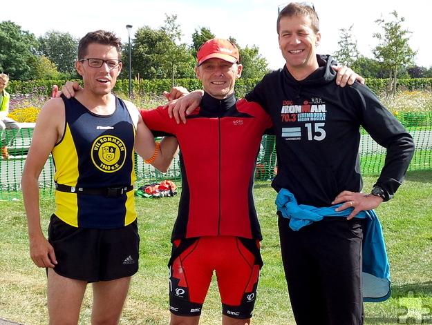 (V.l.) Christian Joisten, Joachim Grütjen und Claus Peter Hiesel vom VfL Kommern siegten als Staffel-Team beim Triathlon in Zülpich. Foto: Privat/pp/Agentur ProfiPress