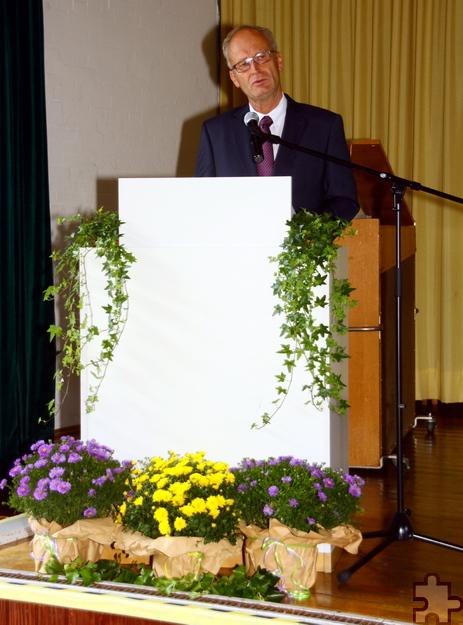 """Bürgermeister Dr. Hans-Peter Schick nannte die Eröffnung einen """"großen Tag für die Schullandschaft in Mechernich"""". Foto: Stephan Everling/pp/Agentur ProfiPress"""