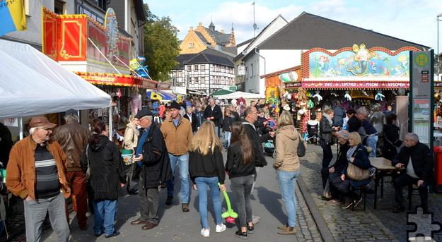 Erneut durften die Veranstalter des 30. historischen Handwerkermarktes in Kommern Tausende Besucher willkommen heißen. Foto: Cedric Arndt/pp/Agentur ProfiPress
