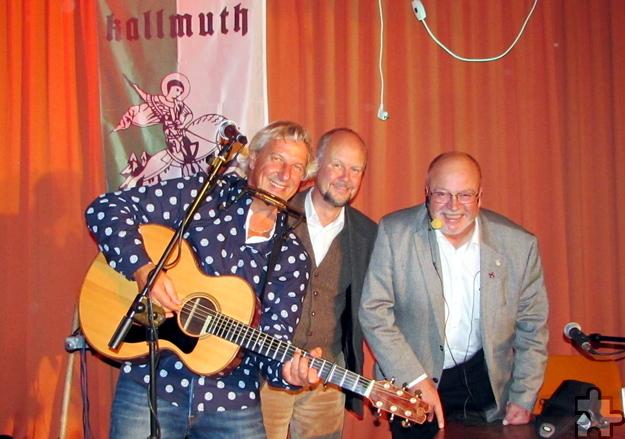 """Eine Wucht waren Günter Hochgürtel, (von links) Ralf Kramp und Manni Lang bei ihrem """"Gig"""" im Kallmuther Bürgerhaus. Foto: pp/Agentur ProfiPress"""