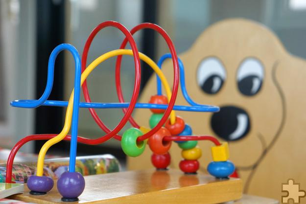 Spielzeug und gut erhaltene Kinderbekleidung werden am Samstag, 5. November in der Kommerner Bürgerhalle verkauft. Foto: Rainer Sturm/Pixelio/pp/Agentur ProfiPress