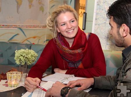 Seit dem 1. August arbeitet Loni Behrend als Bufdi in der Flüchtlingshilfe der Gemeinde Kall. Dort wird sie u.a. in der Einzelfallhilfe eingesetzt. Foto: Thomas Schmitz/pp/Agentur ProfiPress