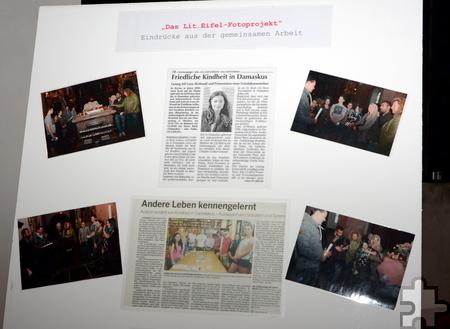 Auf Fotowänden wurde das Projekt während der Lit.Eifel-Lesung im Kloster Steinfeld dokumentiert. Foto: Thomas Schmitz/pp/Agentur ProfiPress