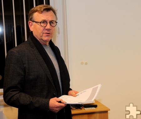Professor Rolf-Egon Westerheide vom Institut für Städtebau und Landesplanung an der RWTH Aachen ist mit an der Planung für die Verschönerung der Kaller Ortsmitte beteiligt. Foto: Thomas Schmitz/pp/Agentur ProfiPress