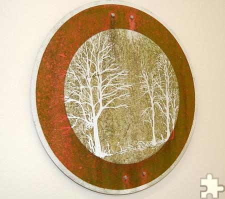 2013 wurde der Dürener Kunstpreis an Klaus Dauven verliehen, der unter anderem alte Verkehrsschilder in Kunstwerke verwandelt. Foto: Kreis Düren/pp/Agentur ProfiPress