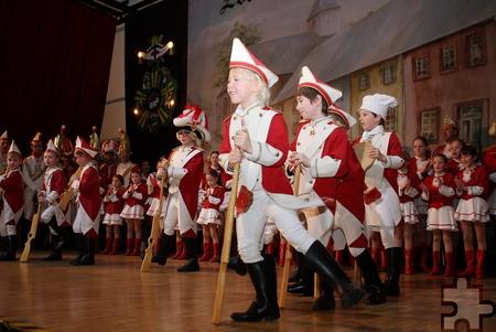 Zum Programm der Karnevalssitzung gehörten auch die Auftritte der Kinder- und Jugendgarden der Zülpicher Prinzengarde. Foto: Steffi Tucholke/pp/Agentur ProfiPress
