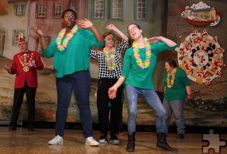 """""""Wenn ich auf der Bühne nach Lust und Laune Gas geben kann, das macht mir am meisten Spaß"""", sagte Jennifer Effertz (vorne rechts). Foto: Steffi Tucholke/pp/Agentur ProfiPress"""
