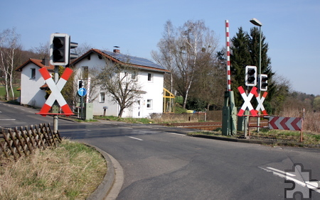 Der Bahnübergang in Katzvey ist wegen Arbeiten am Gleis und am Bahnübergang selbst vom 21. März bis 1. April gesperrt. Foto: Steffi Tucholke/pp/Agentur ProfiPress