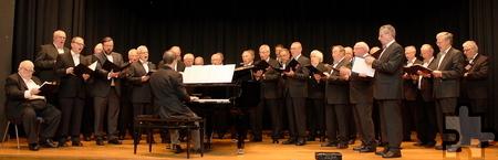 """Der Männergesangverein Kommern sorgte für die musikalische Note des Jahresempfangs mit passenden Titeln wie """"Wochenend' und Sonnenschein"""". Foto: Steffi Tucholke/pp/Agentur ProfiPress"""