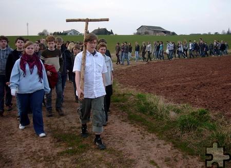 Viele junge Menschen werden sich auch am 7. April von acht Standorten aus auf den Weg nach Urft machen. Archivfoto: pp/Agentur ProfiPress