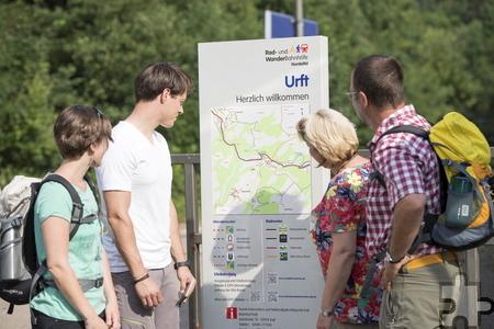 Eine der durchgeführten Maßnahmen ist die Einrichtung von Rad- und Wanderbahnhöfen wie hier in Urft. Foto: Nordeifel Tourismus GmbH/pp/Agentur ProfiPress