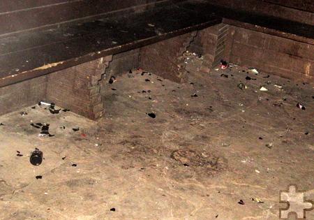 Der Bauhof entdeckte die Schmierereien und Zerstörungen an der Grillhütte bei den alltäglichen Rundgängen. Foto: Gemeinde Kall/pp/Agentur ProfiPress