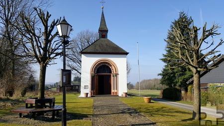 25 Jahre alt wird die Kapelle in Felser in diesem Jahr. Der Bau war geprägt von vielen glücklichen Zufällen. Foto: Michael Nielen/pp/Agentur ProfiPress