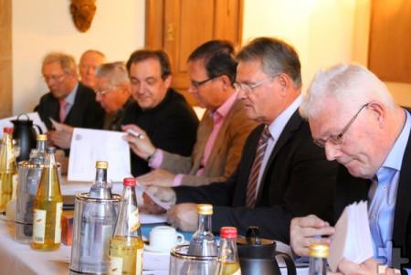 """Der Vorstand des """"Kreis der Freunde und Förderer des Klosters Steinfeld"""" hatte zur Mitgliederversammlung in die altehrwürdigen Mauern der Prämonstratenserabtei eingeladen. Die Resonanz war groß. Foto: Kirsten Röder/pp/Agentur ProfiPress"""