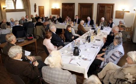 Einstimmig sprachen sich die Mitglieder für den Vorschlag des Vorstands aus, für die Erneuerung der Fassade der Klosterpforte 20.000 Euro bereitzustellen. Foto: Kirsten Röder/pp/Agentur ProfiPress