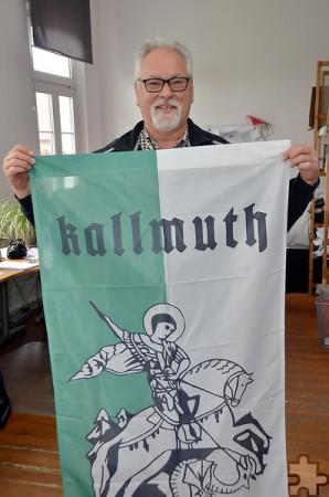 Reitergruppen und Vereine ab acht Teilnehmern bekommen eine eigene St.-Georgsfahne, die sie in der Prozession mitführen und auch behalten dürfen. Archivfoto: pp/Agentur ProfiPress