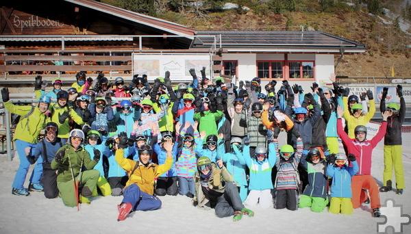 Tolle Stimmung herrschte bei den 61 Siebtklässlern des Hermann-Josef-Kollegs, die eine Skifreizeit in Luttach verbrachten. Foto: Privat/pp/Agentur ProfiPress