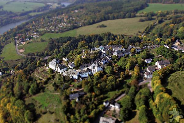 Der historische Burgort Kronenburg auf dem Gebiet der Gemeinde Dahlem stellt eine touristische Bereicherung für die Nordeifel Tourismus GmbH dar. Foto: Gemeinde Dahlem/pp/Agentur ProfiPress