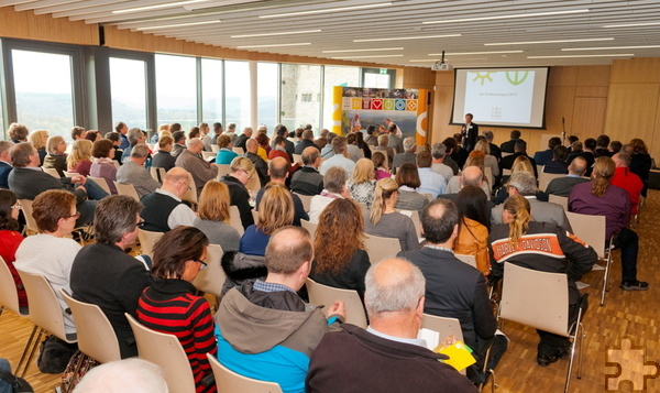 Mehr als 100 Vertreter der Tourismus-Branche kamen zum dritten Netzwerktreffen der Nordeifel Tourismus GmbH im Forum Vogelsang IP. Foto: Roman Hövel/pp/Agentur ProfiPress