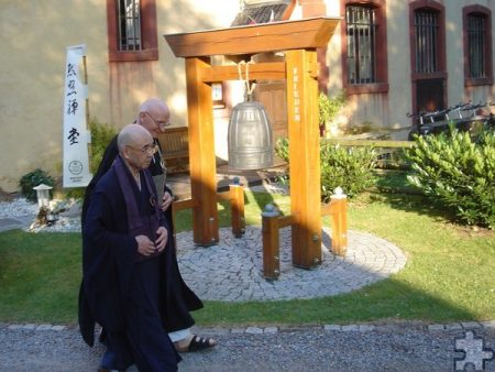 Helmut Güttlers geistlicher Lehrer Abt Harada Roshi
