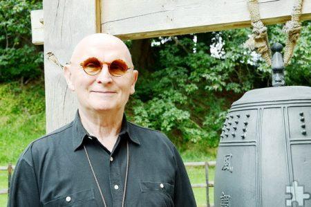 Taiku Helmut Güttler im Klostergarten